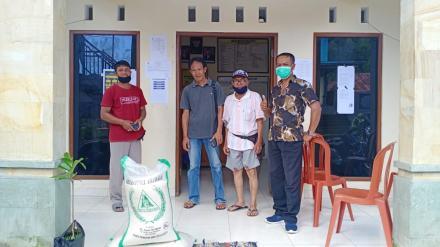 Sumbangan Sembako Dari Donatur Desa Pucaksari